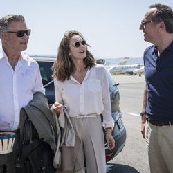 """Alec Baldwin as Michael Lockwood and Diane Lane as Anne Lockwood and Arnaud Viard as Jacques Clement in """"Paris Can Wait."""""""