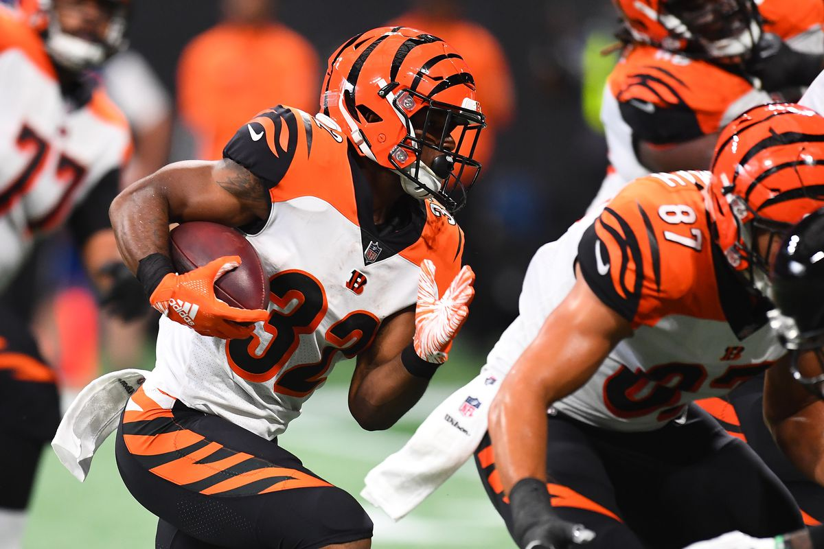 Bengals Rb Mark Walton Arrested On Battery Charge Per