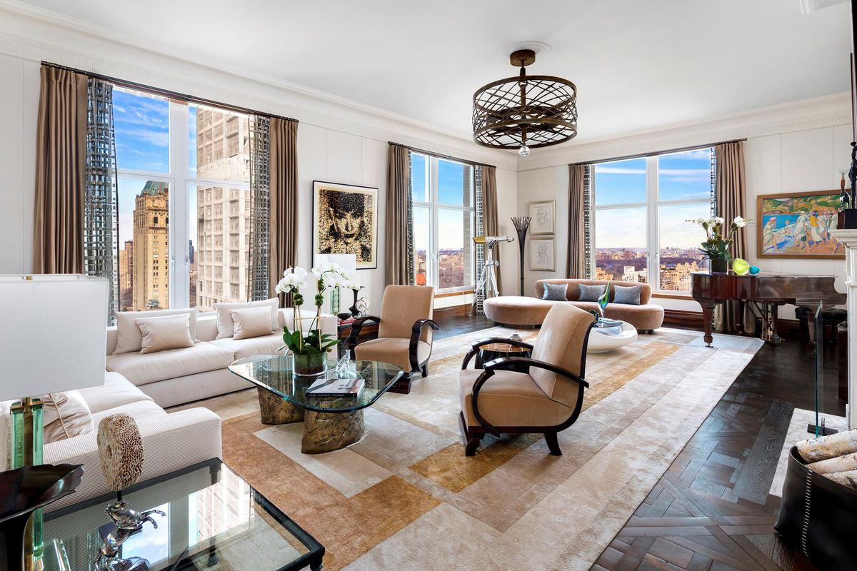 Chateau In The Sky At Zeckendorf S 515 Park Avenue Sells