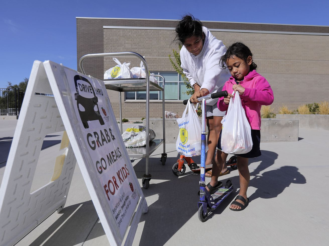 Salt Lake District expands hours, locations of student meal program