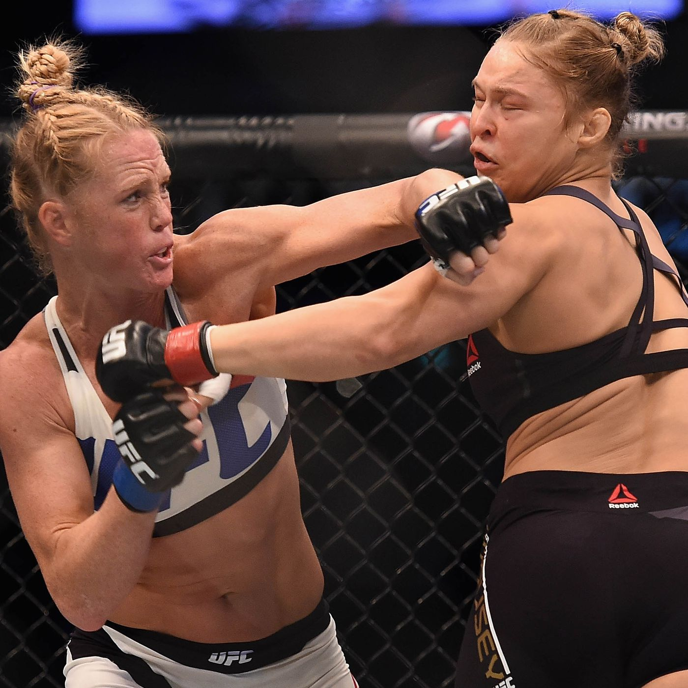 Holly Holm vs Valentina Shevchenko Toe ...