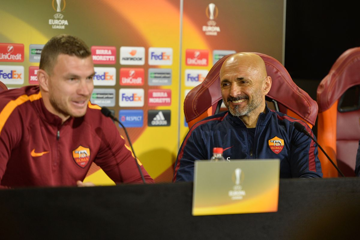 AS Roma press and training session
