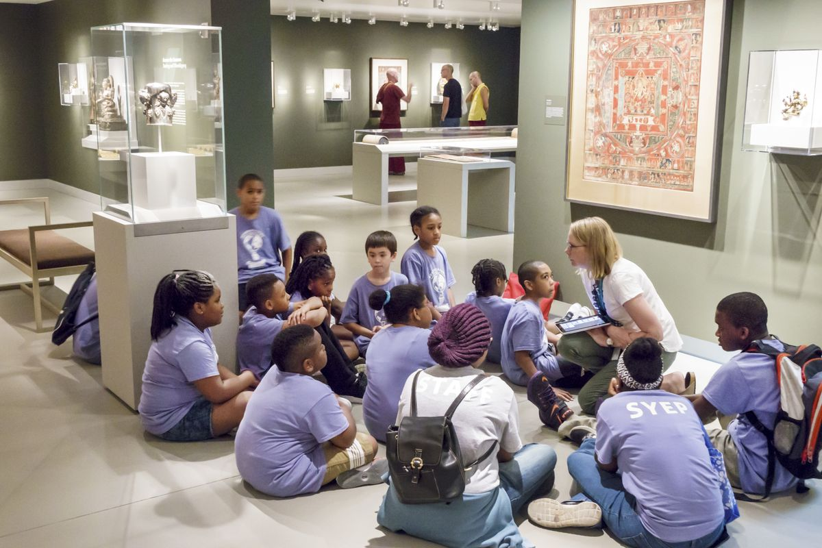 A Summer Youth Employment Program SYEP class in the Rubin Museum of Art. (Photo by: Jeffrey Greenberg/Universal Images Group via Getty Images)