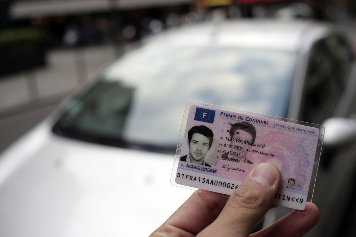 Facebook buys government ID authentication startup Confirm