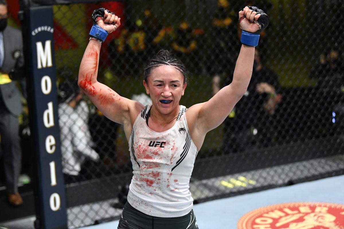 UFC Vegas 27: Pros react to Carla Esparza's dominant crucifix TKO of Yan Xiaonan - Bloody Elbow