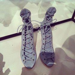 Slim strap evening shoe in hydrangea