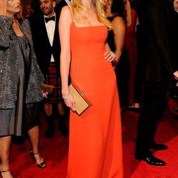 Lara Stone at the Met Gala in 2011.