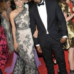 Kayne in Tory Burch. Hee hee hee, not like THAT in Tory Burch. Again. what do you think they talk about?
