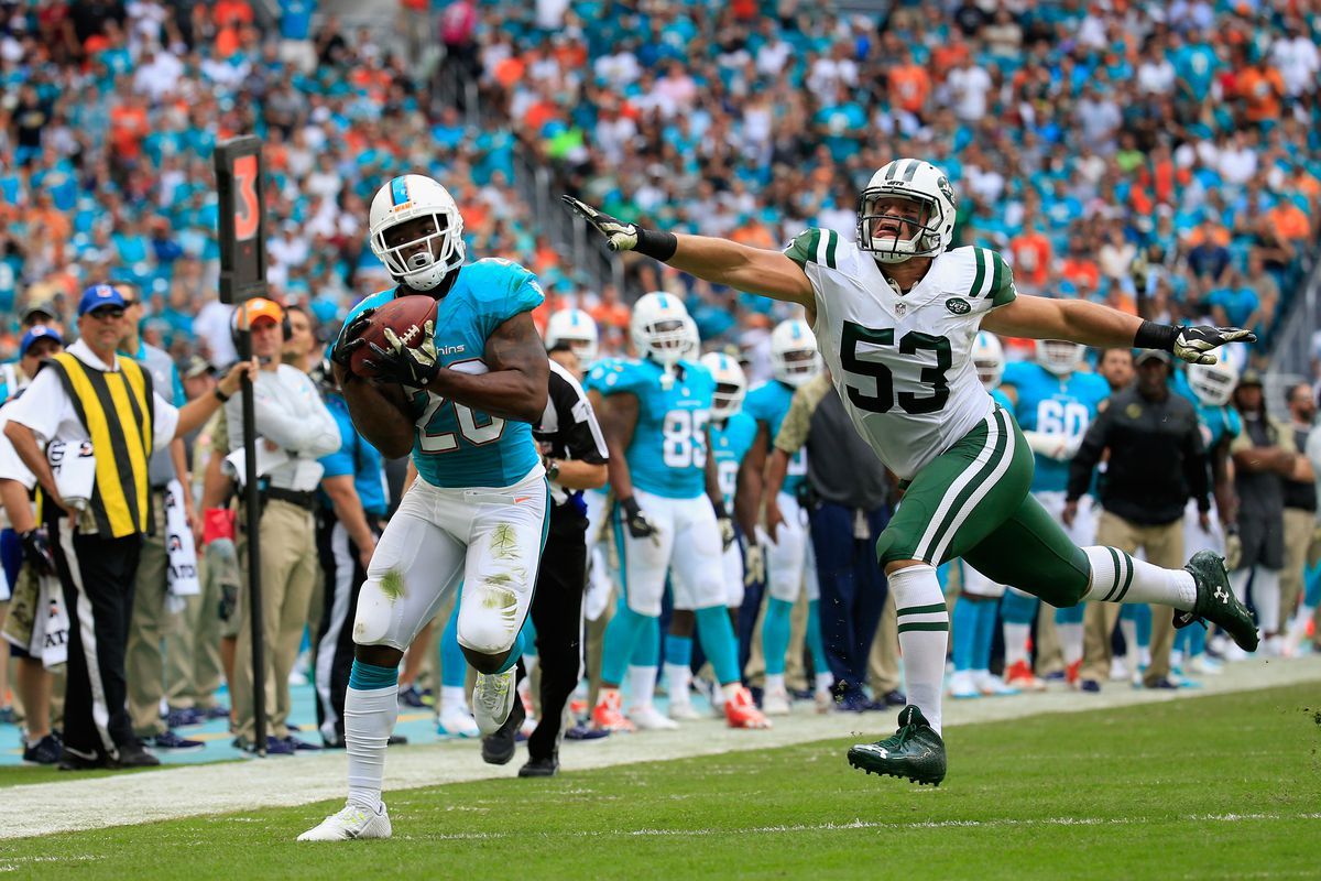 """274805376 Chiefs' Damien Williams film review: the """"receiving running back ..."""