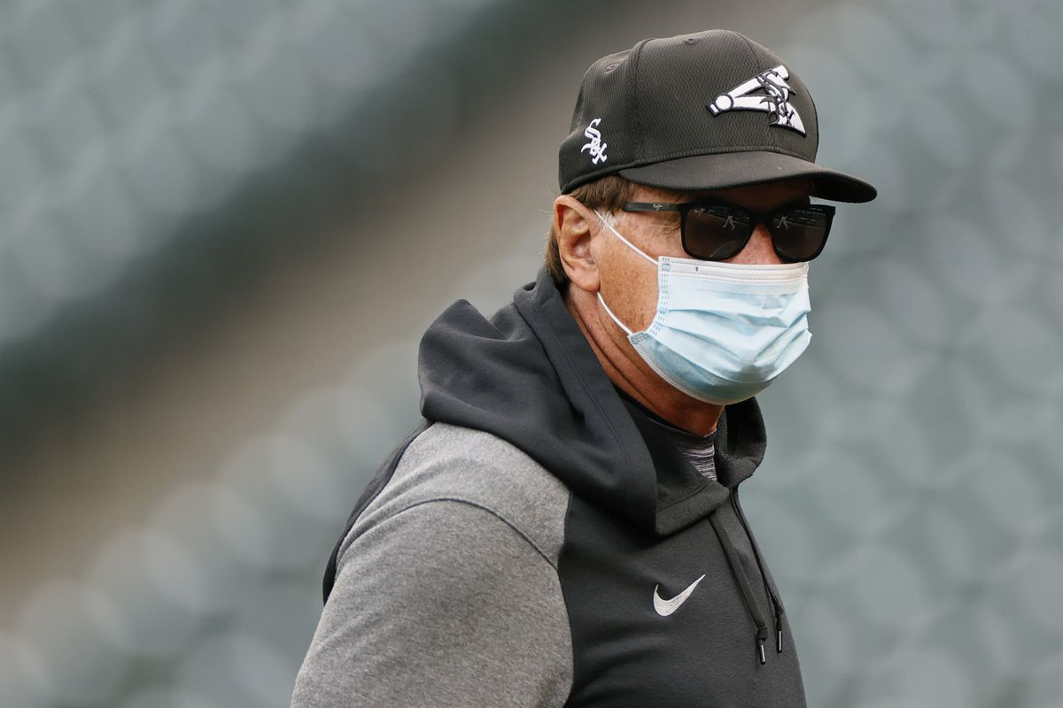 White Sox manager Tony La Russa criticized rookie Yermin Mercedes for swinging on a 3-0 count Monday with the Sox leading the Twins 15-4.
