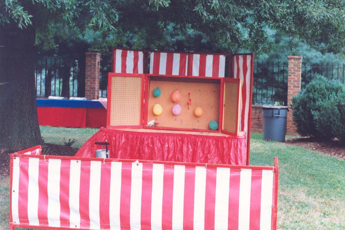 "via <a href=""http://tb27us.powweb.com/media/Dart_Balloons_w_Game_Fronts.jpg"">tb27us.powweb.com</a>"