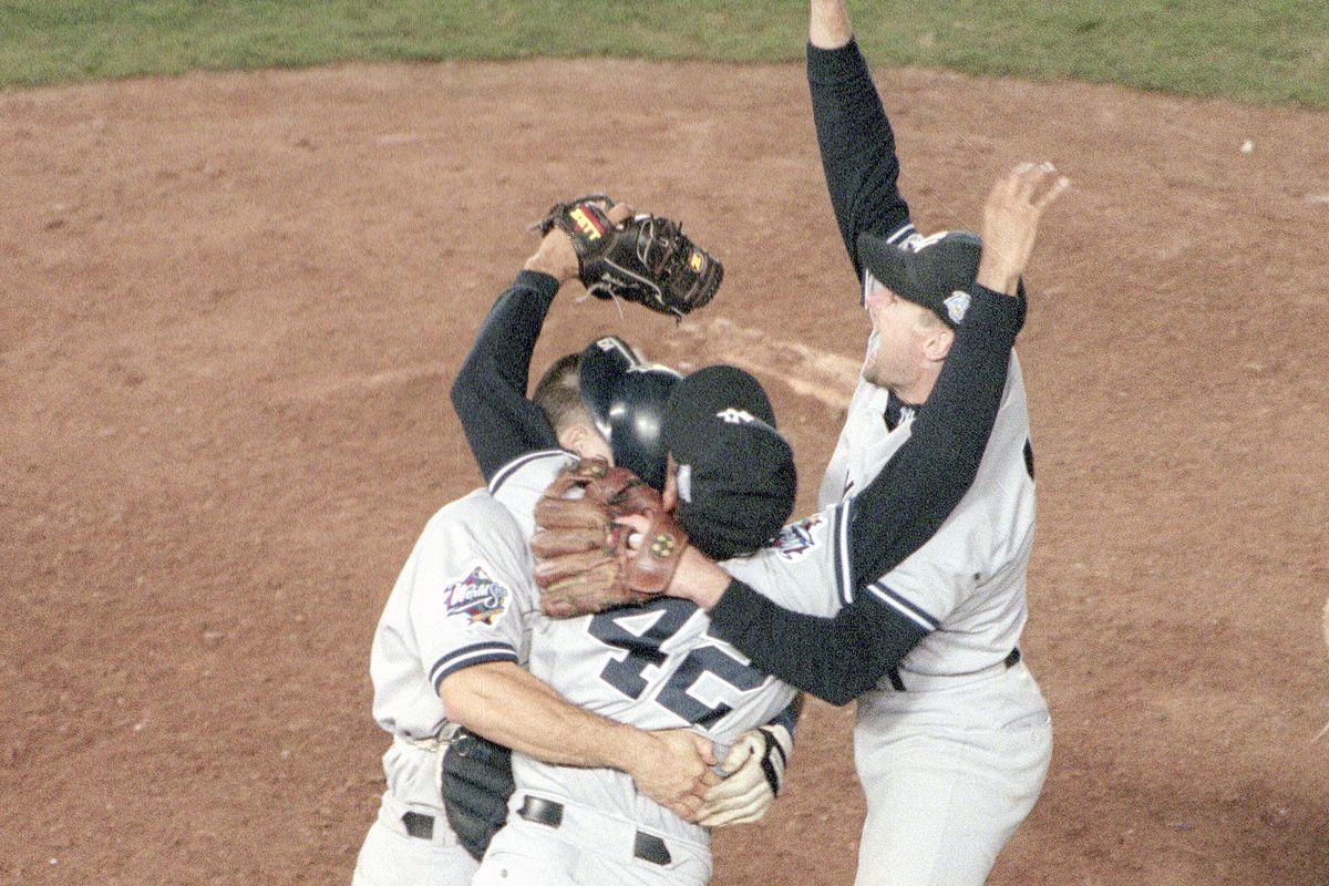 1998 World Series GM 4 - New York Yankees v San Diego Padres