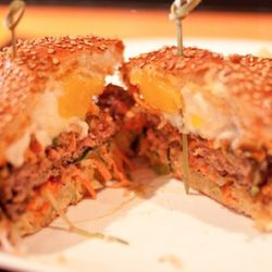 """<a href=""""http://eater.com/archives/2011/05/02/social-eatz-winz.php"""" rel=""""nofollow"""">Social Eatz Wins the Greatest Burger in America Competition!</a><br />"""