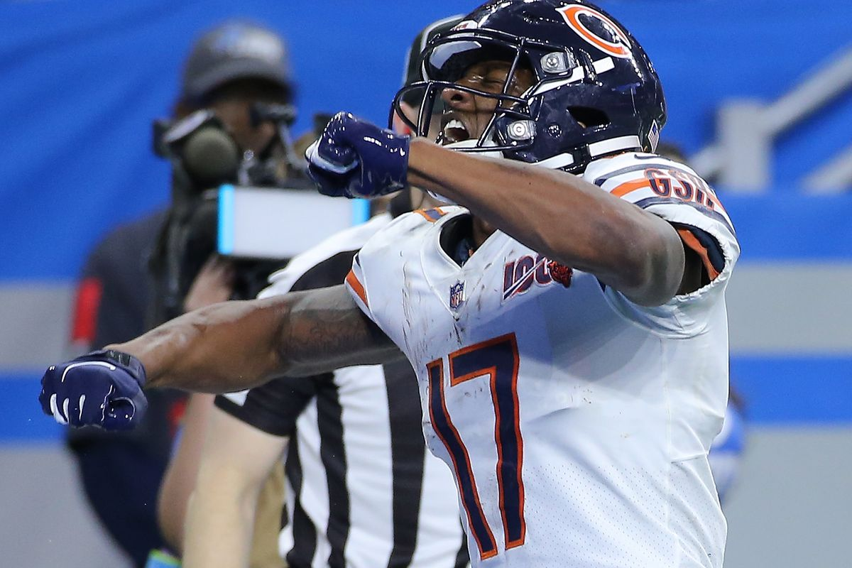 Anthony Miller of the Chicago Bears celebrates a fourth quarter catch for a first down during the game against the Detroit Lions at Ford Field on November 28, 2019 in Detroit, Michigan.