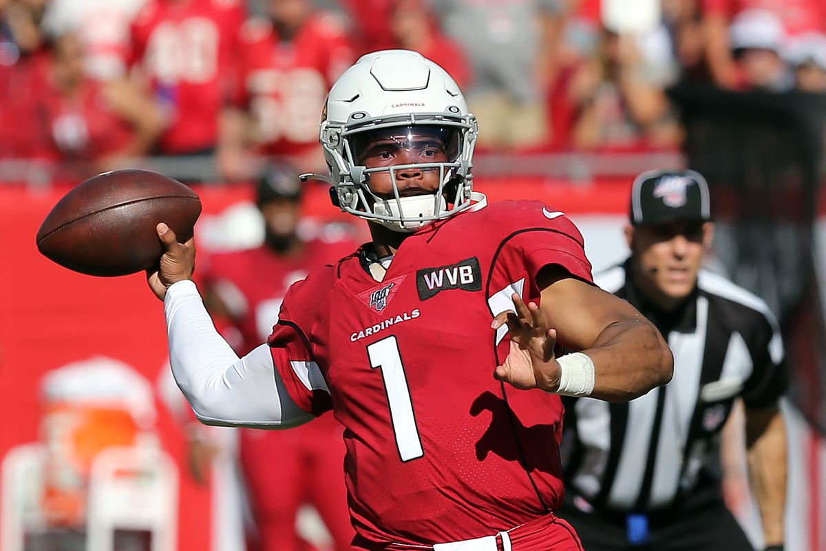 Kyler Murray of the Cardinals throws the ball downfield during the regular season game between the Arizona Cardinals and the Tampa Bay Buccaneers on November 10, 2019 at Raymond James Stadium in Tampa, Florida.