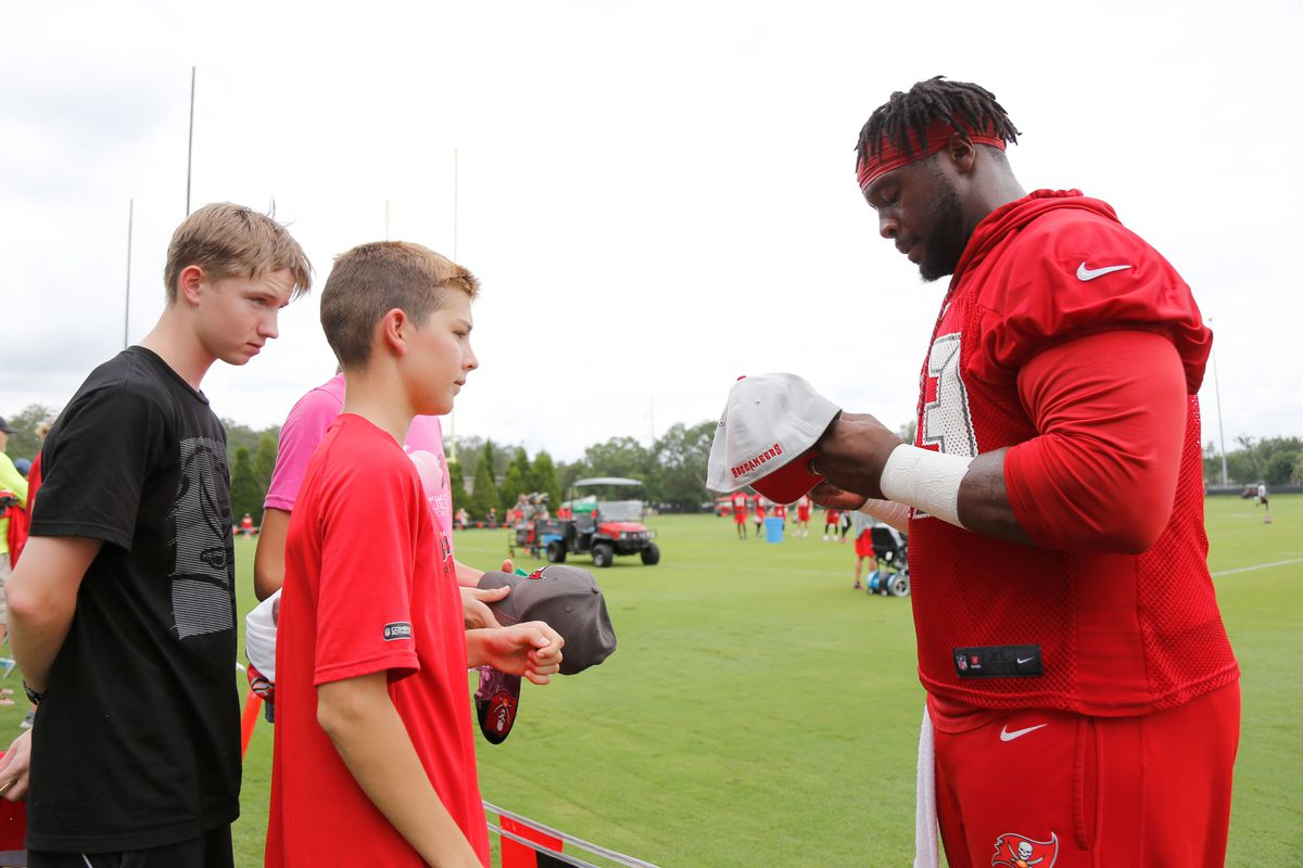 Daily Bucs Links Gerald McCoy coaches youth Bucs Nation