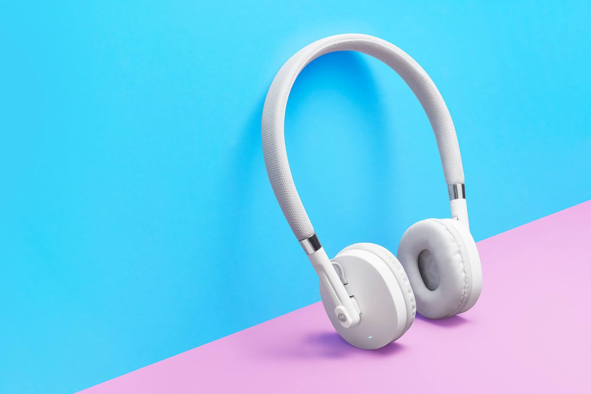 87f92b3f831 Motorola releases two new wireless headphones for only $59.99 and $69.99