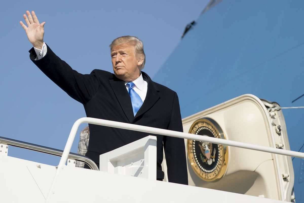 President Donald Trump waves as he boards Air Force One at Andrews Air Force Base, Md., Tuesday, Oct. 30, 2018, to travel to Pittsburgh following last weekends shooting at Tree of Life Synagogue. There is no disagreement among legal scholars, politicians