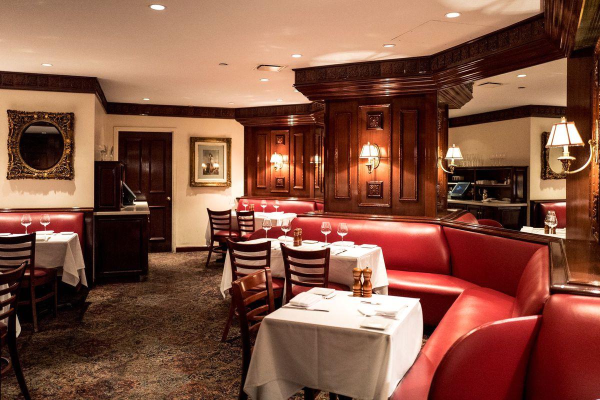 The interior of Trump Grill