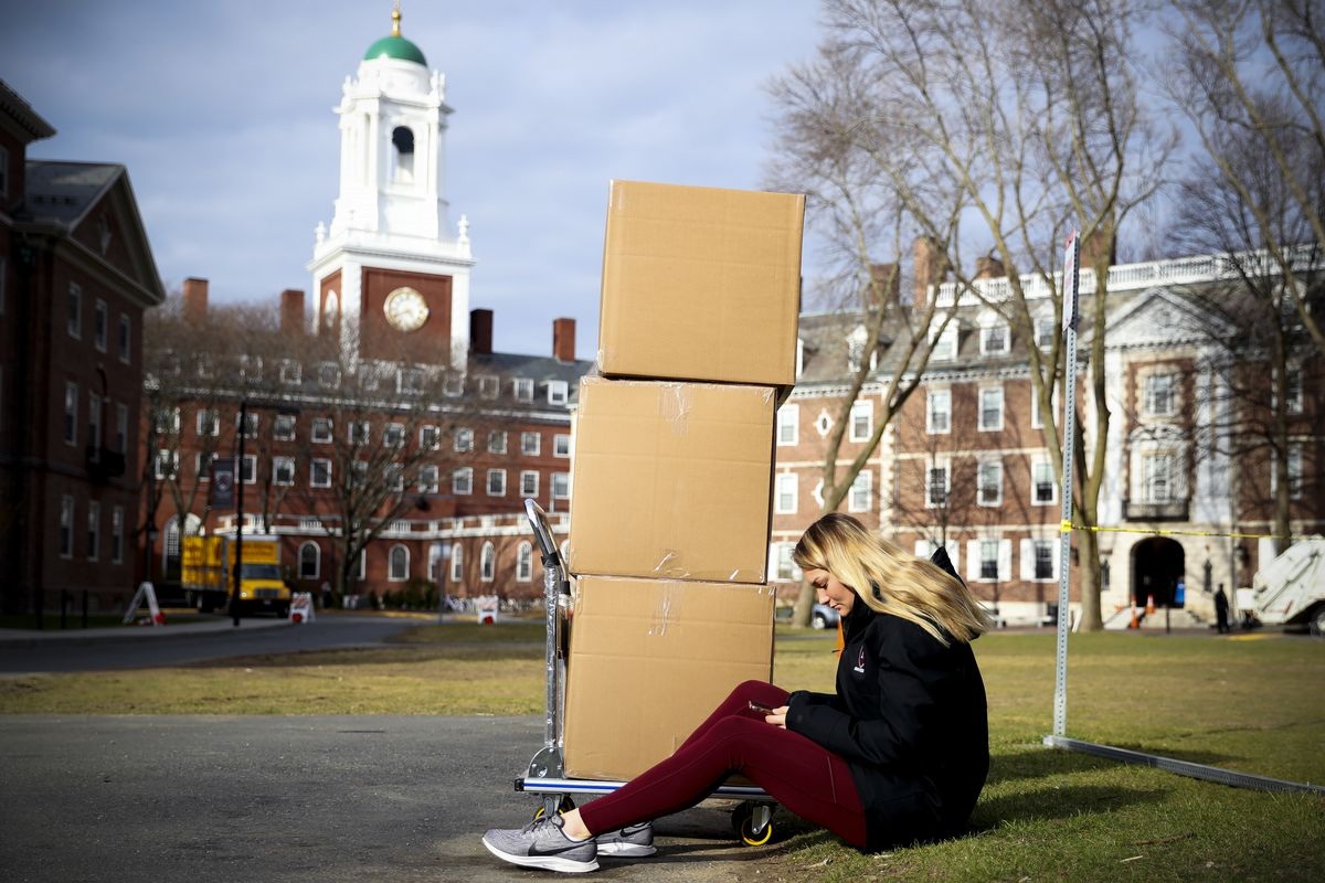 Harvard and other college closings for coronavirus hurt low-income ...