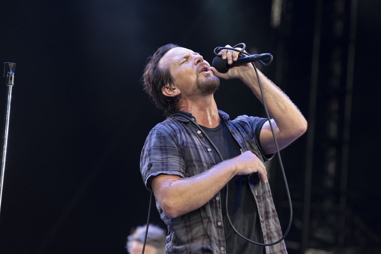 Pearl Jam - The Home Shows - Safeco Field