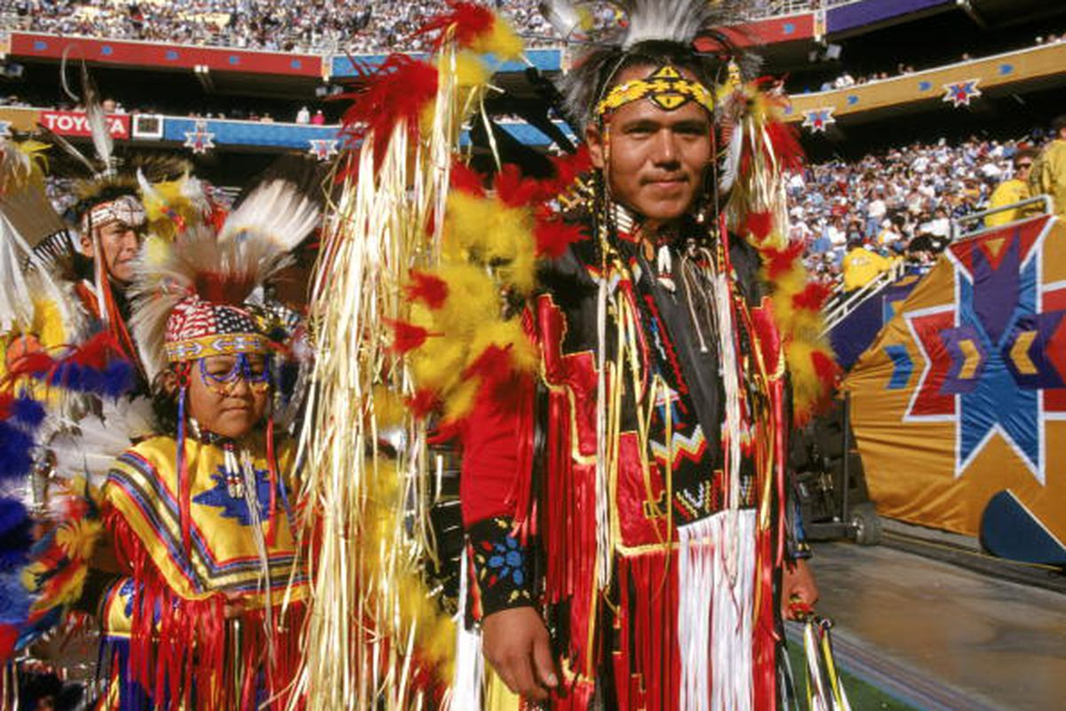 the washington redskins mascots and trademarks should not be banned Washington — the fight over the washington football team's trademark of   the fourth circuit ruled thursday that it would not hear arguments in the case   last year that found a ban on offensive trademarks was unconstitutional   believe the redskins trademarks are offensive and should be canceled.