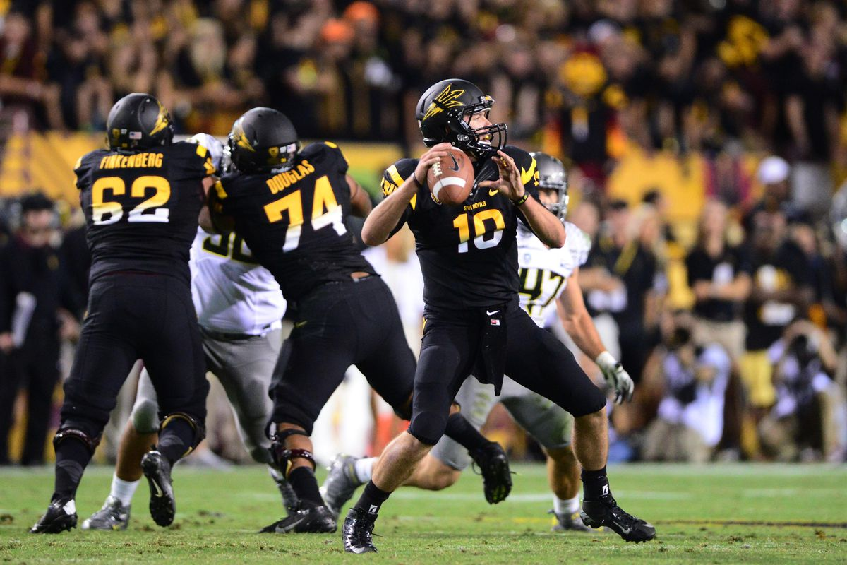 Taylor Kelly threads the needle and finds Kevin Ozier for the Sun Devil touchdown