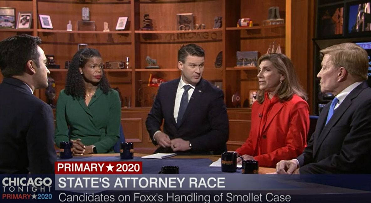 WTTW-TV's Paris Schutz, left, moderates a debate between, left to right, Cook County State's Attorney Kim Foxx, Bill Conway, Donna More and Bob Fioretti on Thursday