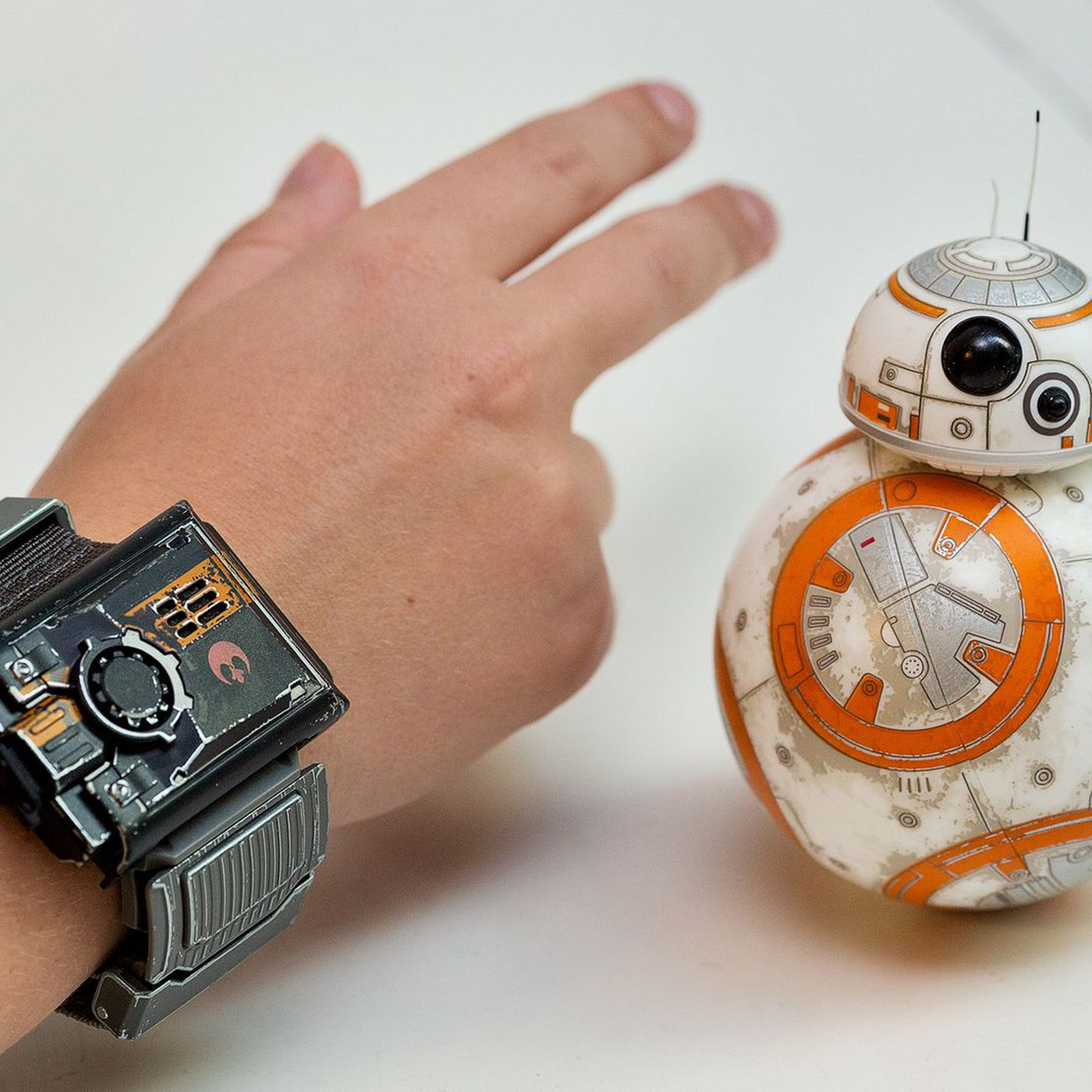 Sphero's Force Band wearable can control nearly anything now thanks