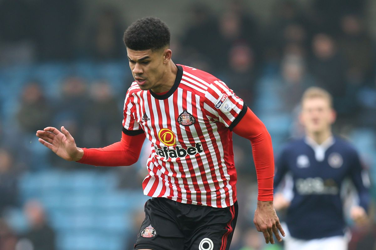 Sunderland part with troubled Gibson