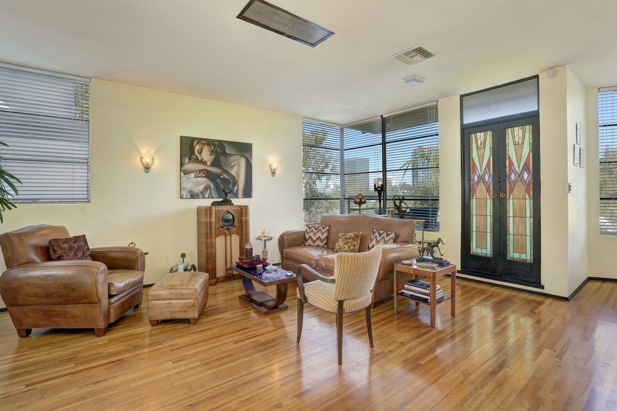 1930s Cahuenga Pass home with Art Deco flair for sale for $1.3M ...