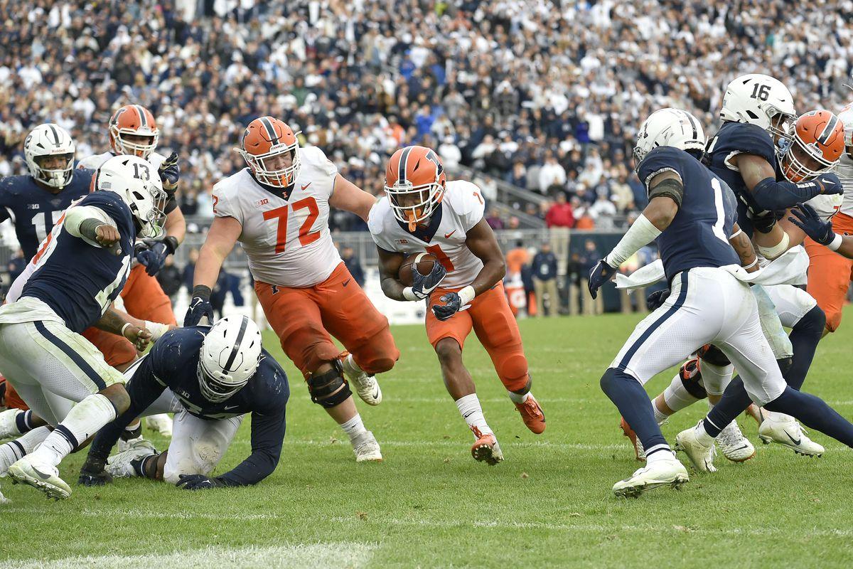 COLLEGE FOOTBALL: OCT 23 Illinois at Penn State
