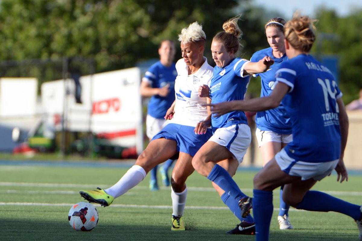 Despite her best efforts, Breakers midfielder Lianne Sanderson failed to find space behind FCKC's back line.