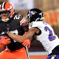 September 2020: Also before the start of the season, the Browns signed RB Kareem Hunt to a contract extension. Given the amount of production that Hunt gives Cleveland, it was an absolute bargain.