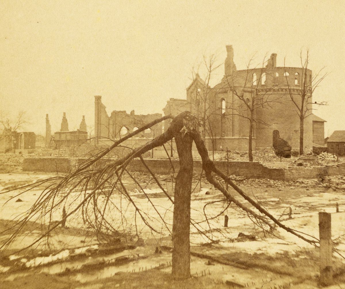 The ruins of St. Joseph Church after the Great Chicago Fire.