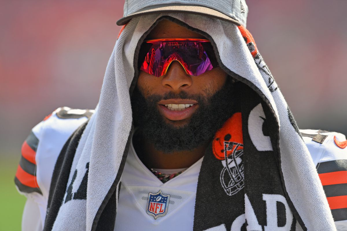 Wide receiver Odell Beckham Jr. #13 of the Cleveland Browns celebrates for the fans during the fourth quarter against the New York Giants at FirstEnergy Stadium on August 22, 2021 in Cleveland, Ohio. The Browns defeated the Giants 17-13.