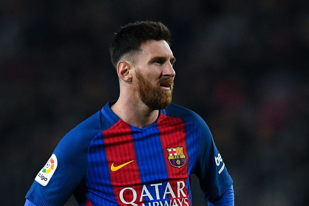 b7700d031a681a FC Barcelona News: 26 December 2016; Barcelona Release Lionel Messi Youth  Skills Video