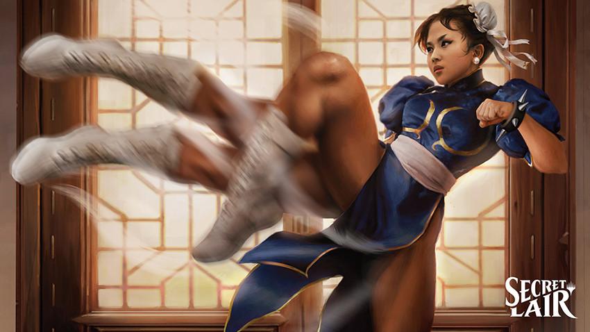 Chun Li kicking.