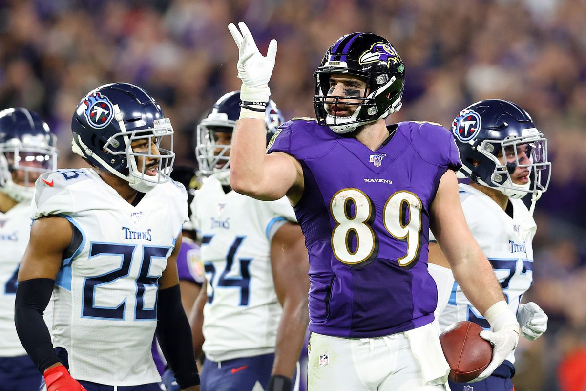 Mark Andrews #89 of the Baltimore Ravens gestures for a first down during the first half against the Tennessee Titans in the AFC Divisional Playoff game at M&T Bank Stadium on January 11, 2020 in Baltimore, Maryland.