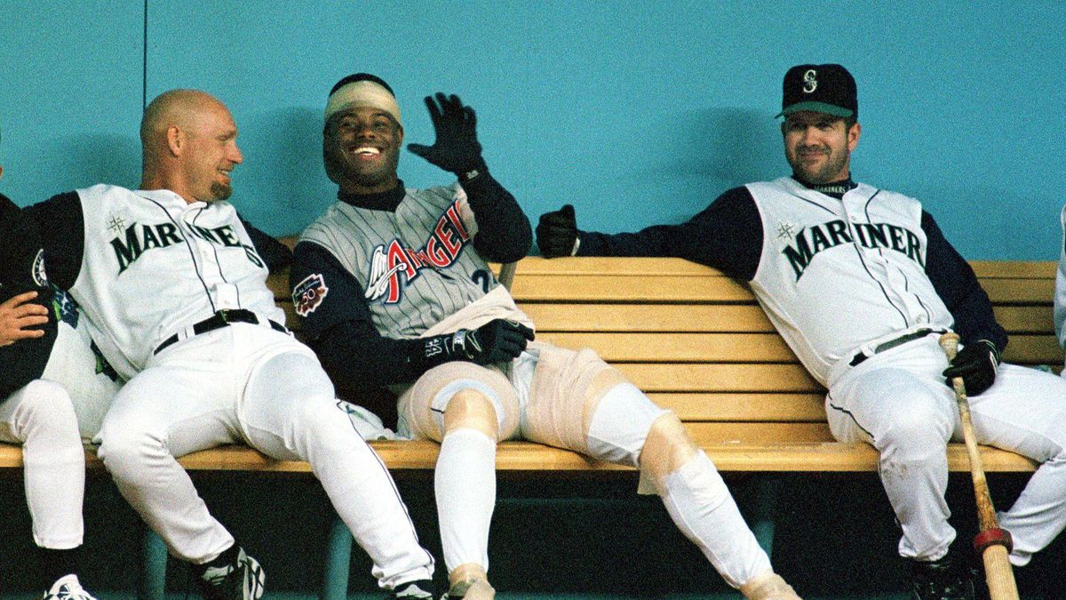 BBA-ANGELS-MARINERS-GRIFFEY JR.