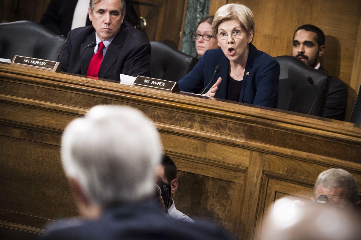 Sen. Elizabeth Warren (D-MA) questions CEO of Wells Fargo John Stumpf during a Senate Banking, Housing and Urban Affairs Committee hearing on September 20, 2016.