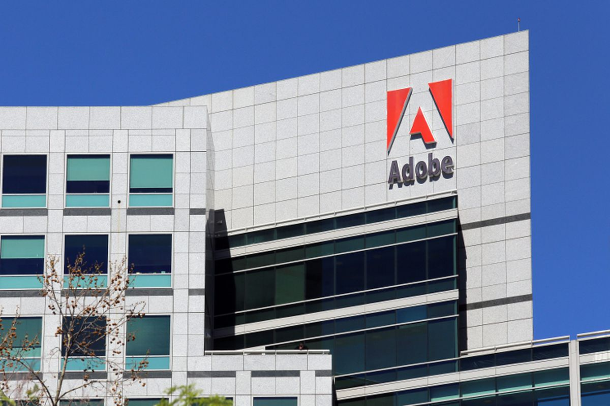 Adobe Distances Itself From Gawker After Writers Gamergate Tweet