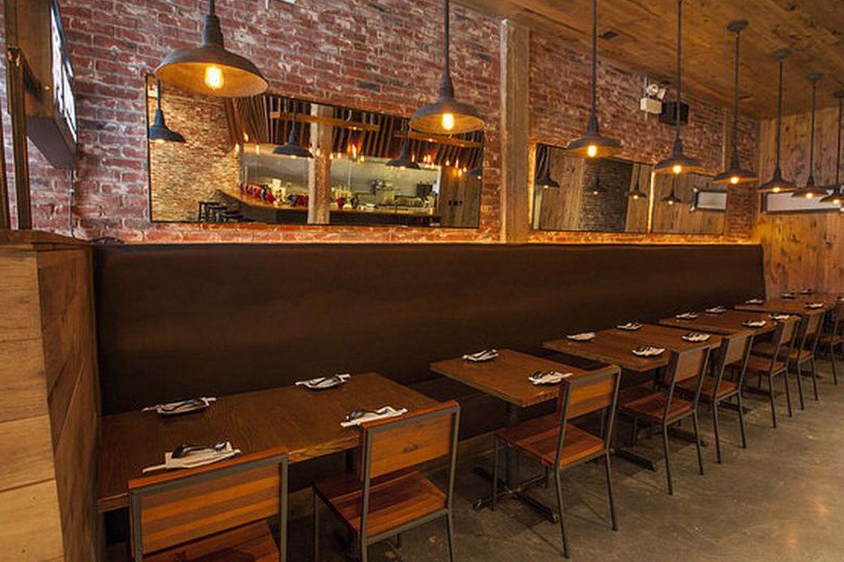 Jinya Ramen Bar in Chicago