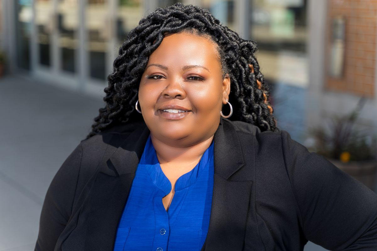Lakesia Collins, 2020 Illinois House 9th District Democratic primary election candidate