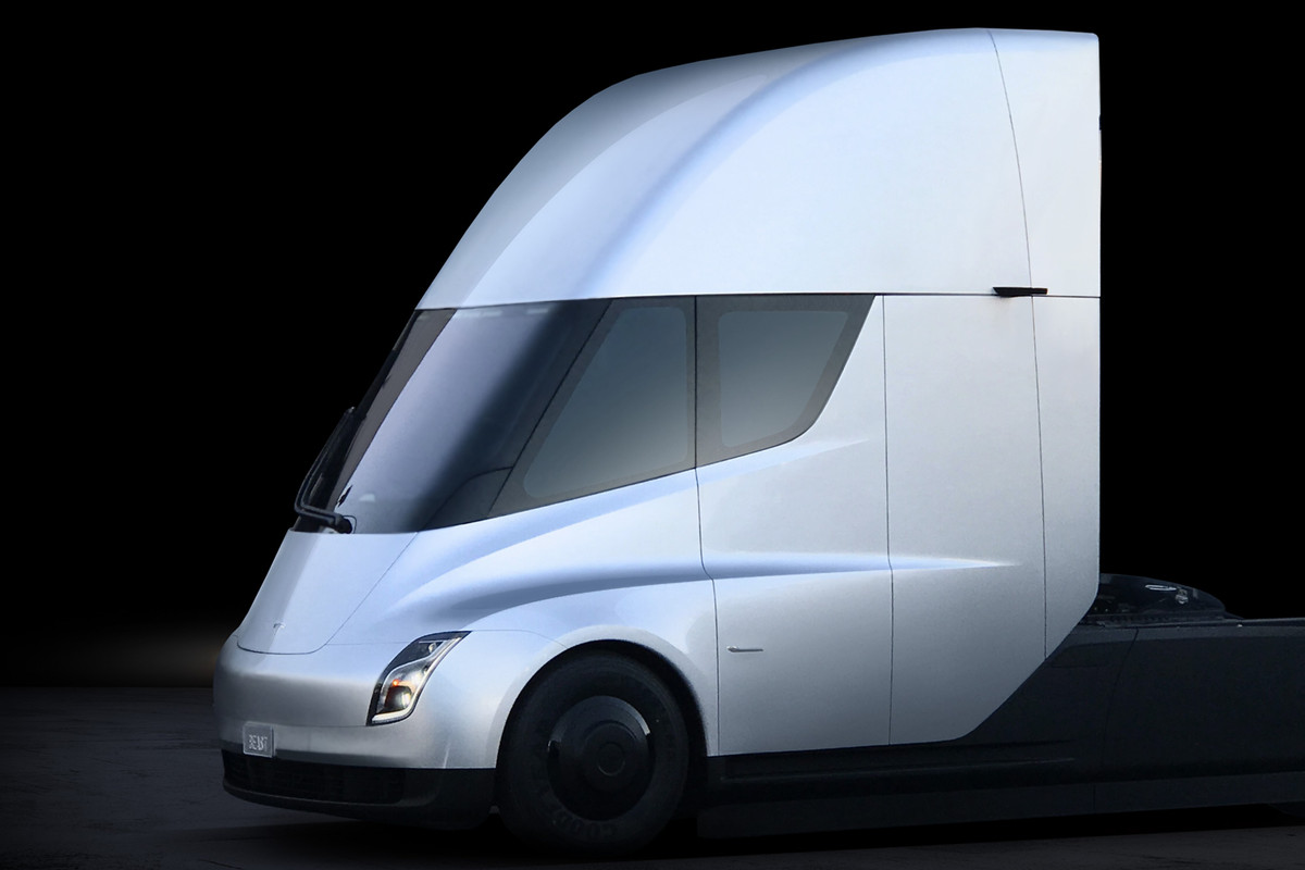 Tesla S Electric Semi Truck Elon Musk Unveils His New Freight Vehicle