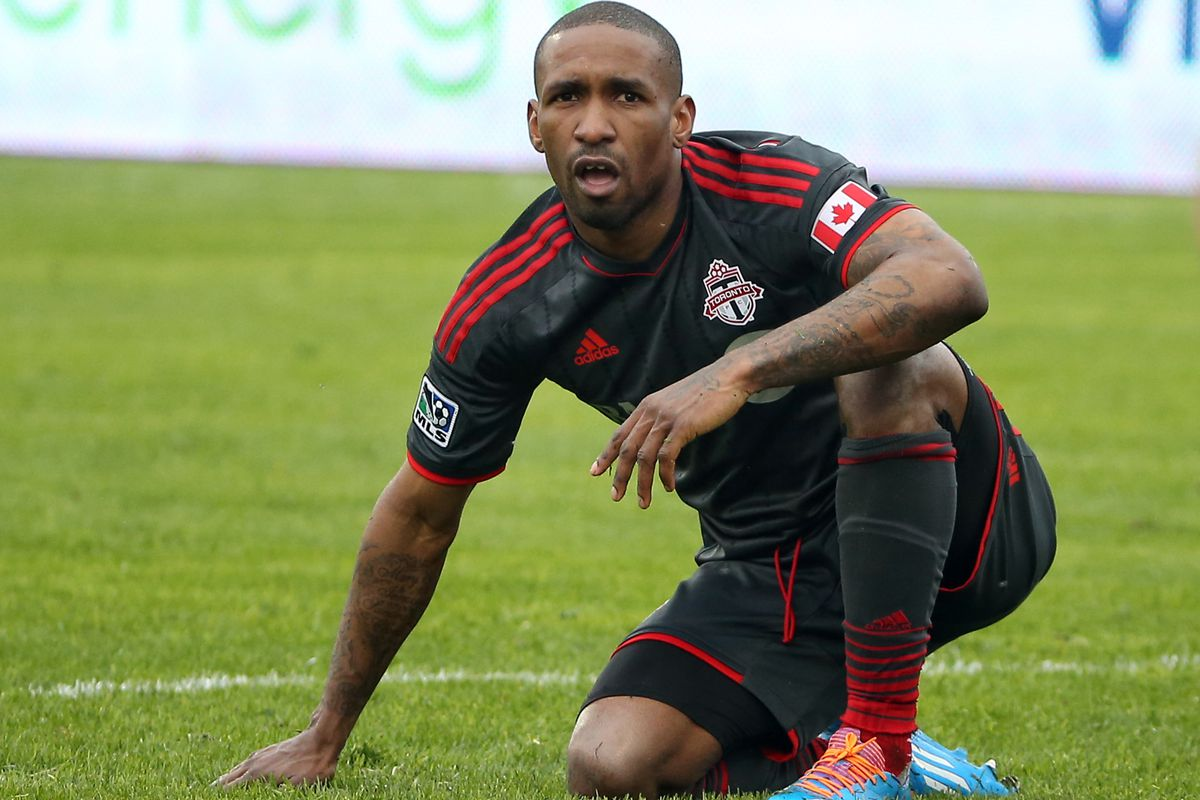 While Defoe won't be hanging out on Sao Paulo beaches, he will get an extra month of hanging out with Drake.