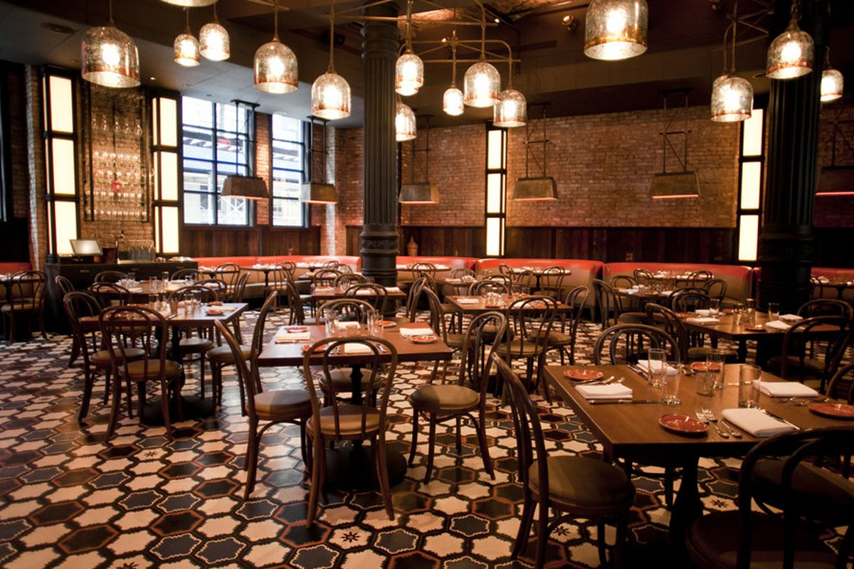 As Rumored Pete Wells Pays A Visit To Noho Hot Spot Gato This Week He Is Pleased By Bobby Flay S Return The New York Restaurant Scene And