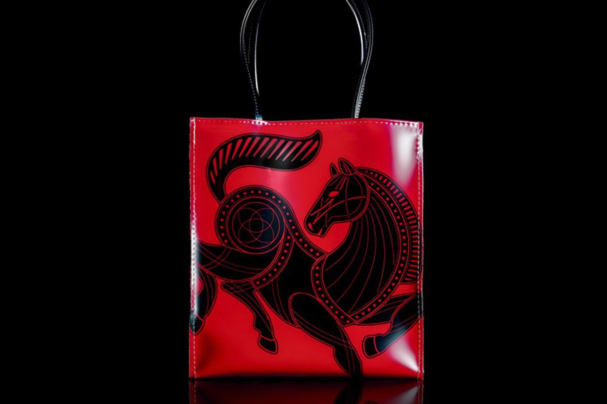 "Bloomingdale's ""little red bag"""