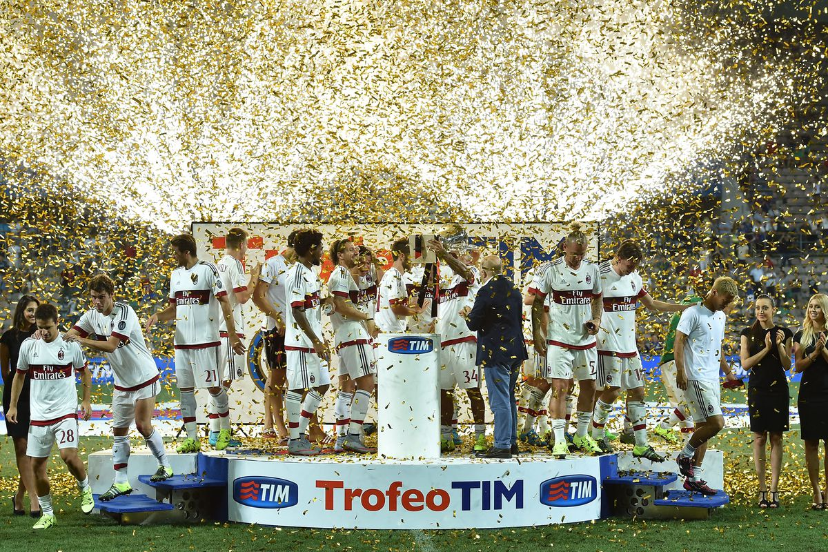 The team celebrates after the victory in 2015 Trofeo TIM