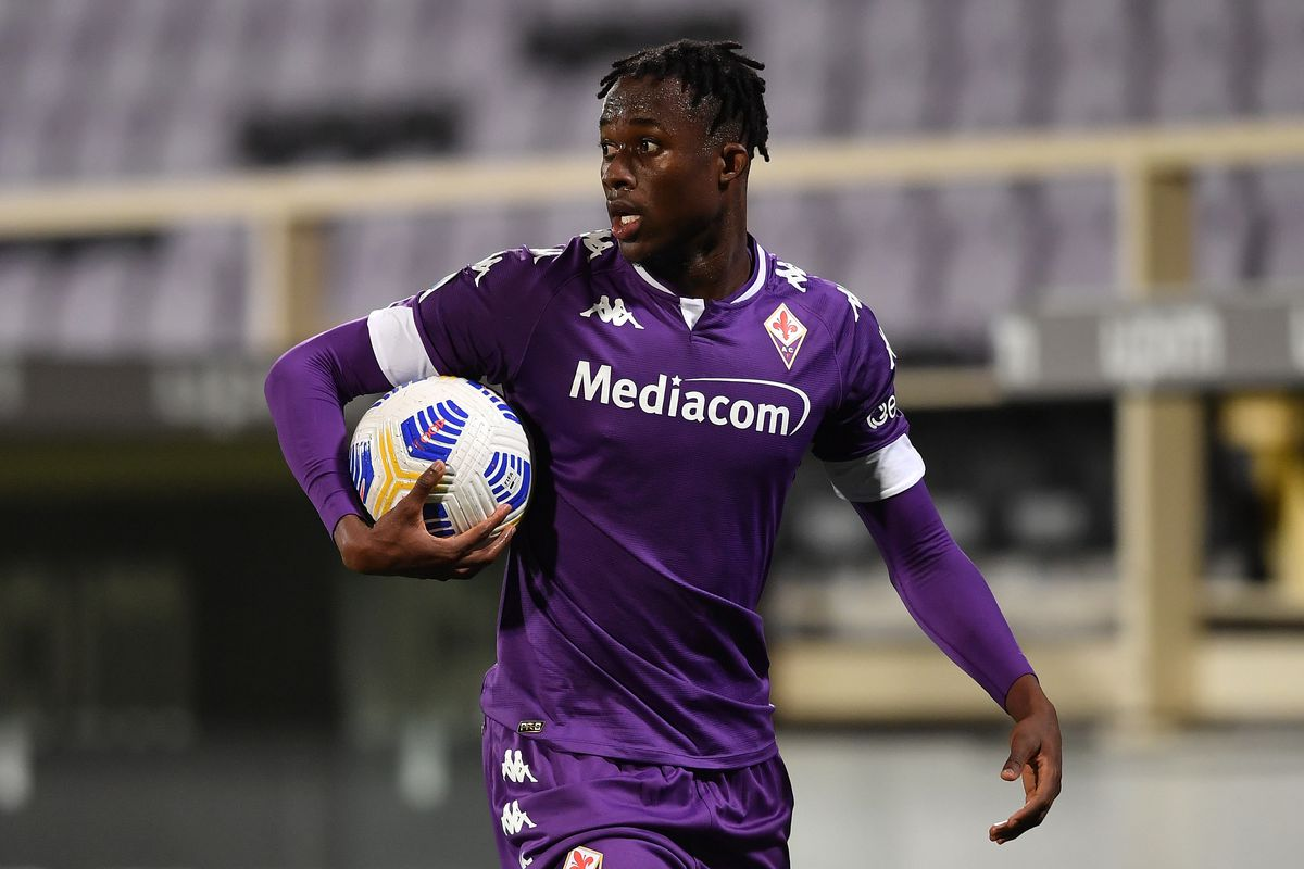 Christian Kouame of ACF Fiorentina reacts during the Serie A...